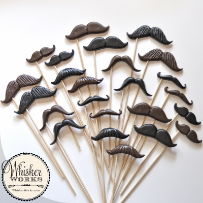 mustaches_12_styles_sticks_02_button